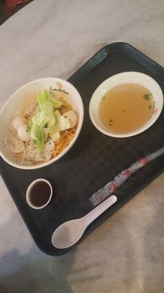 Japanese fish ball soup