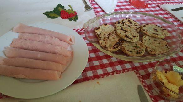 Pancakes or ham?!